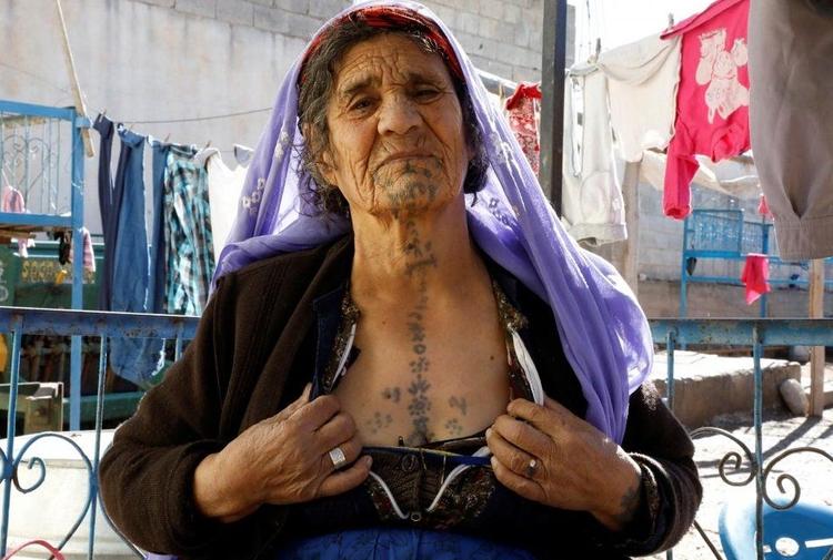 Deqên jinên kurd ketin objektîfa Reutersê 1