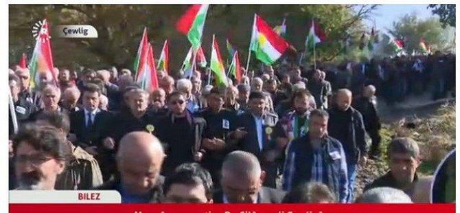 Dr. Silêman li gundê xwe bi alaya Kurdistanê hat oxirkirin!