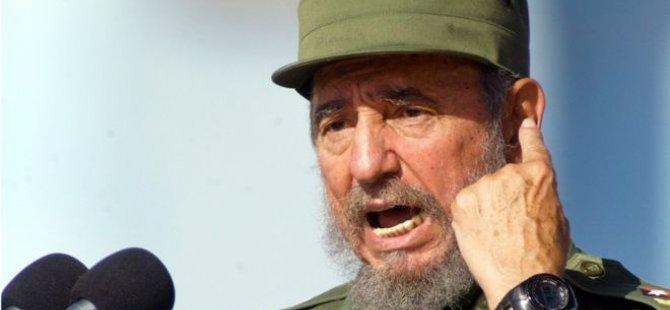 Castro mir; edebîyat li ser ruh, siyaset bi mêjî dibe!