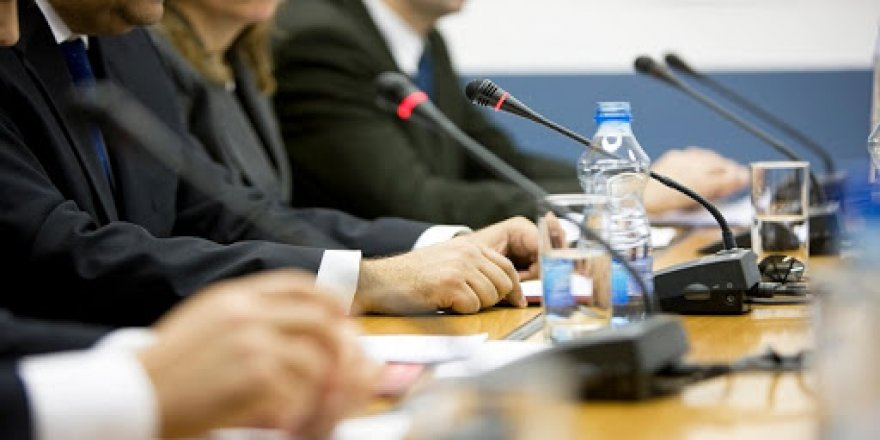 Panel: Fikirîn Nivîsîn û Weşandina Bi Kurdî