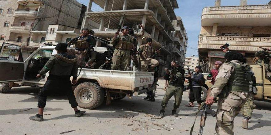 Çekdarên Nusreyê ji Idlibê redivin Efrînê