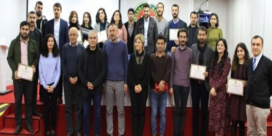 Baroya Amedê Komîsyona Zimanê Kurdî ragihand