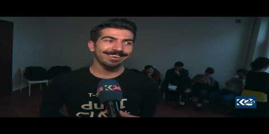 Gelek ciwanên Kurd bi zimanê xwe fêrî şanoyê dibin