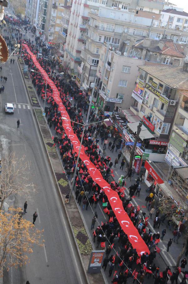 Ev jî marîfeta Kurdên AKPê ne; li Amedê kirine