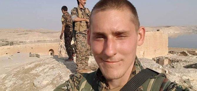Şervanê YPGê yê Îngilîz Ryan Lock di şerê DAIŞê de jiyana xwe ji dest da
