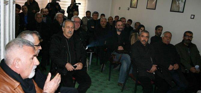 """""""Bingehên serxwebûna Kurdistanê li Mehabadê hate avêtin!"""""""