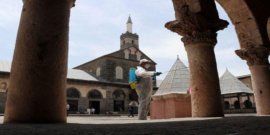 Li Tirkîyê û Bakurê Kurdistanê mizgeft vedibin