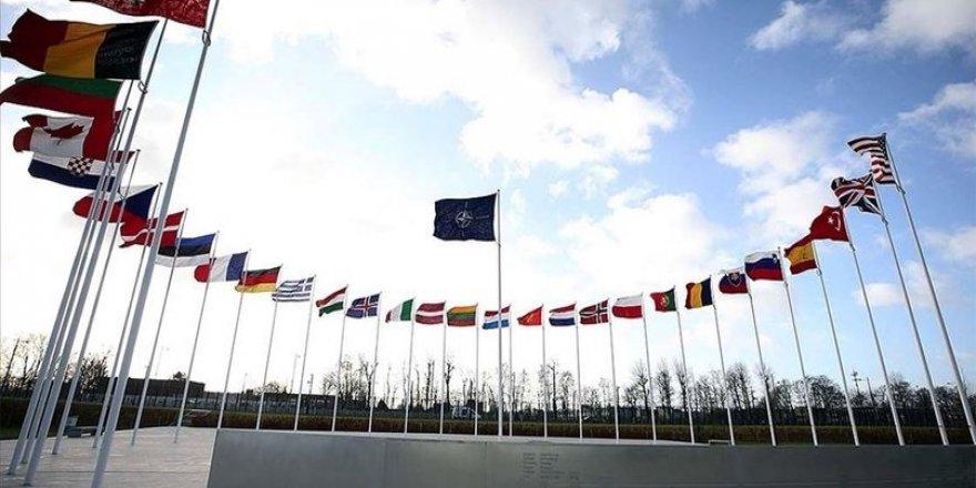 Fransa: Nabe Tirkîye radarên NATOyê bo operasyonên xwe bikar bîne