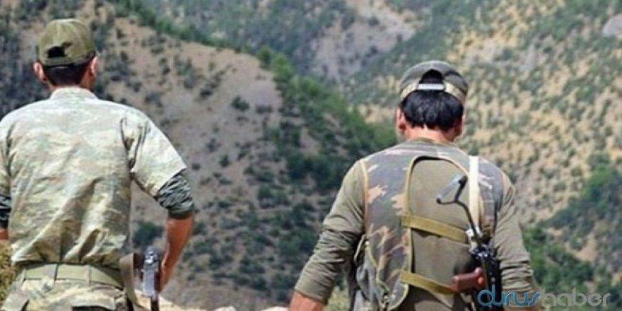 """Li Çewligê cerdevan """"ciwanên stranên bi Kurdî guhdar kirine"""" derb kirin"""