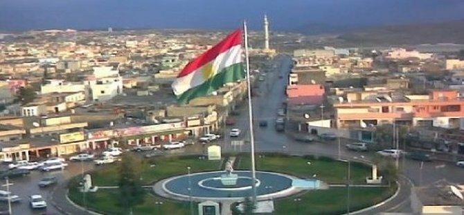 Ala Kurdistanê li Kerkûkê bilind bû!
