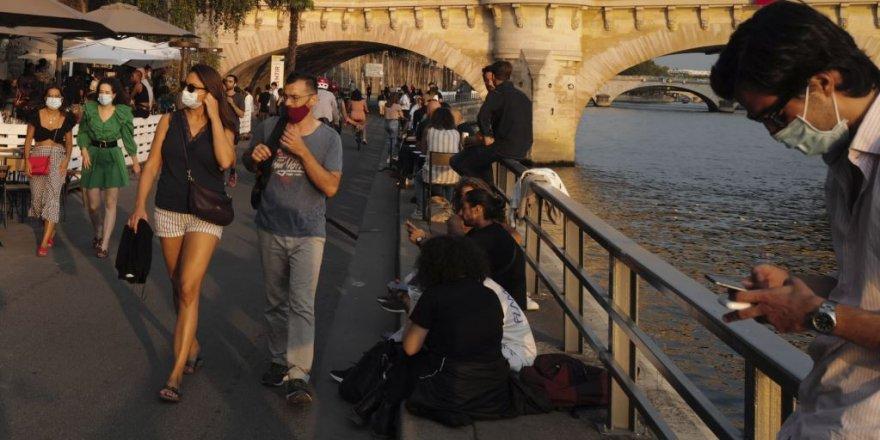 Fransa bi 30,000 Pêketinên Nû yên Vîrusa Korona Rekorê Dişikîne