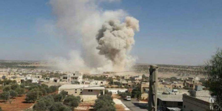 Idlib…Rûsyayê êrîşî grubeke ser bi Tirkiyê kir: Bi dehan kes mirin