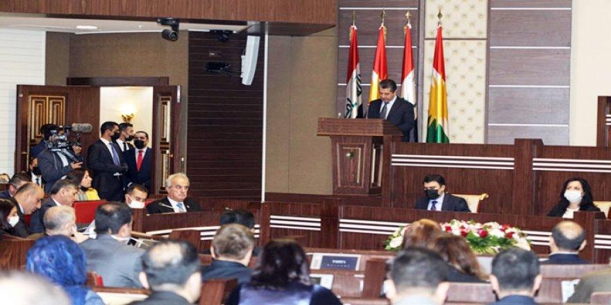 Parlamentoya Kurdistanê bersivên serokwezîr û hikûmetê pesend kirin