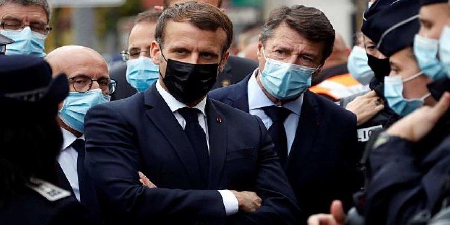 Macron: Em ê welatê xwe radestî terorê nekin