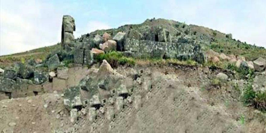 Nebî Hûrî ya 2500 salî tê talankirin