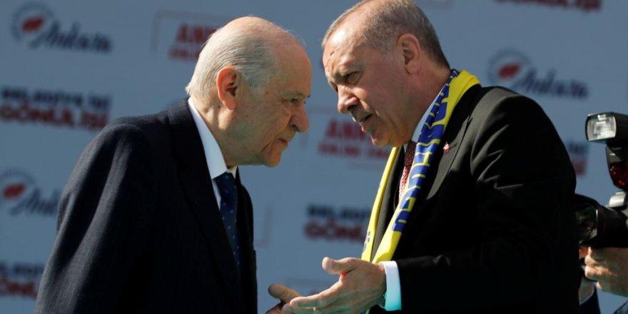Parlamanterê Berê yê AKPê Alir: MHP Rê Nade Reformên Erdogan