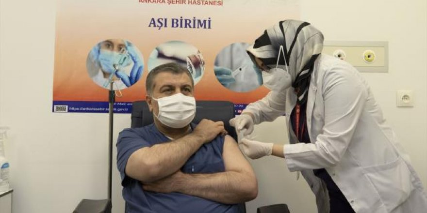Dr. Fahrettin Koca li ber medya zindî aşiya xwe kir