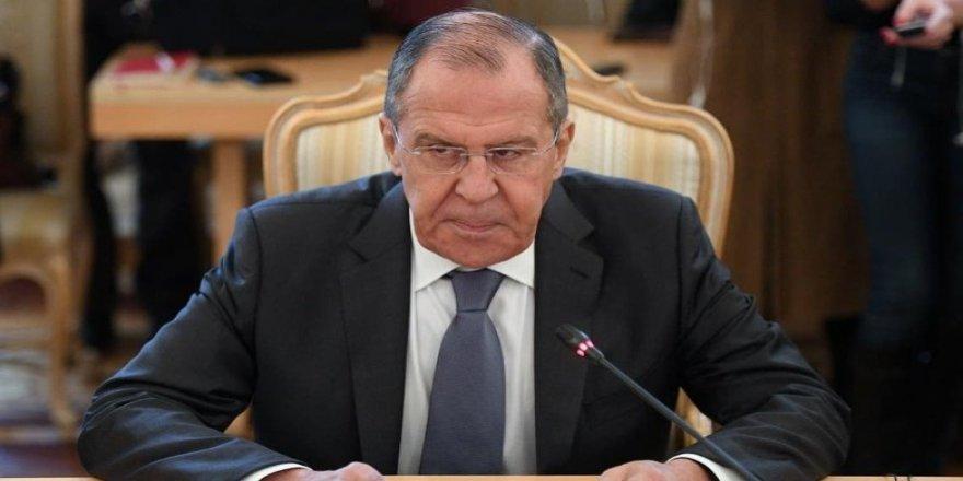 Lavrov: Em naxwazin Amerîkayê bi zorê ji Sûriyê derxin