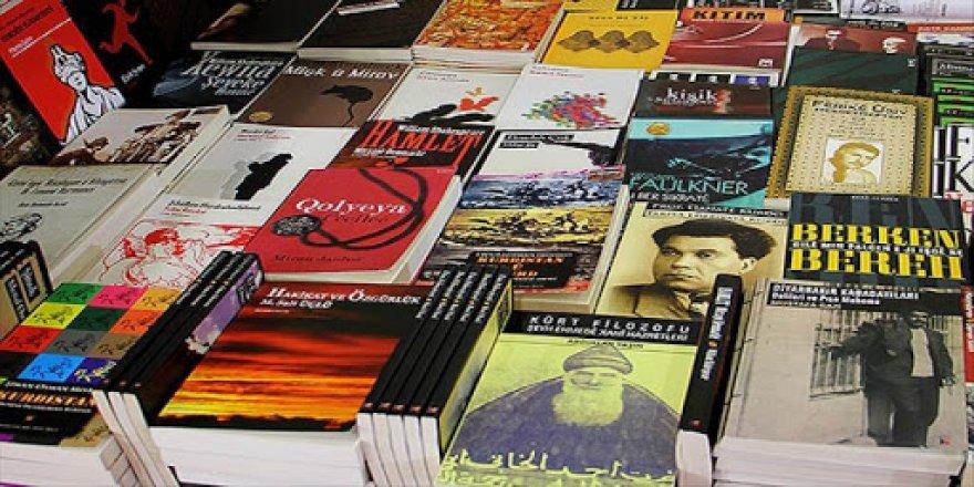 Di nava 4 salan de 109 pirtûkên Kurdî hatine qedexekirin