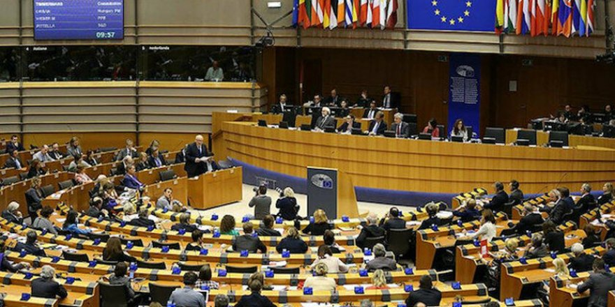 Parlamentoya Ewropa: Wa Demîrtaş û tepişteyê sîyasîyî bêrê veradayîş