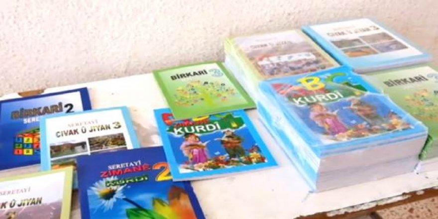 Rêveberiya Xweser hewl dide pênasîn bi xwendina Kurdî bê kirin