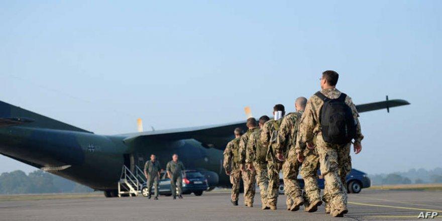 NATO: Li Iraqê bi rola Amerîka ranabin