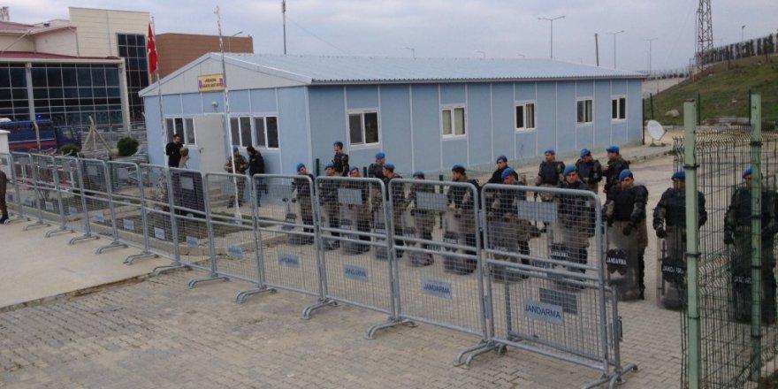 Tanrikûlû: Di Sibatê de li girtîgehan 62 kes rastî îşkenceyê hatine