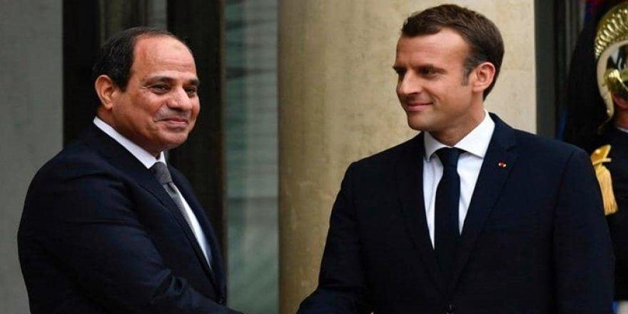 Macron û Sîsî: Pêwîste berî hilbijartinên Libyayê çekdarên biyanî yên nerewa derkevin