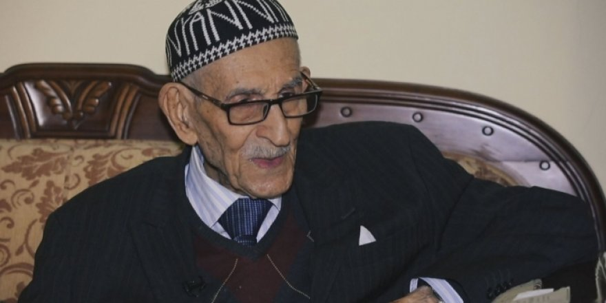 Helbestvanê navdarê kurd Ehmed Dilzar di temenê 101 salî de koça dawî kir