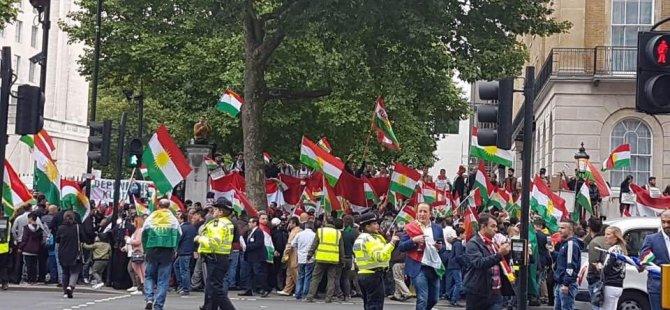 Îcar Kurdên Londonê piştgiriya xwe ya referandumê pêş kirin
