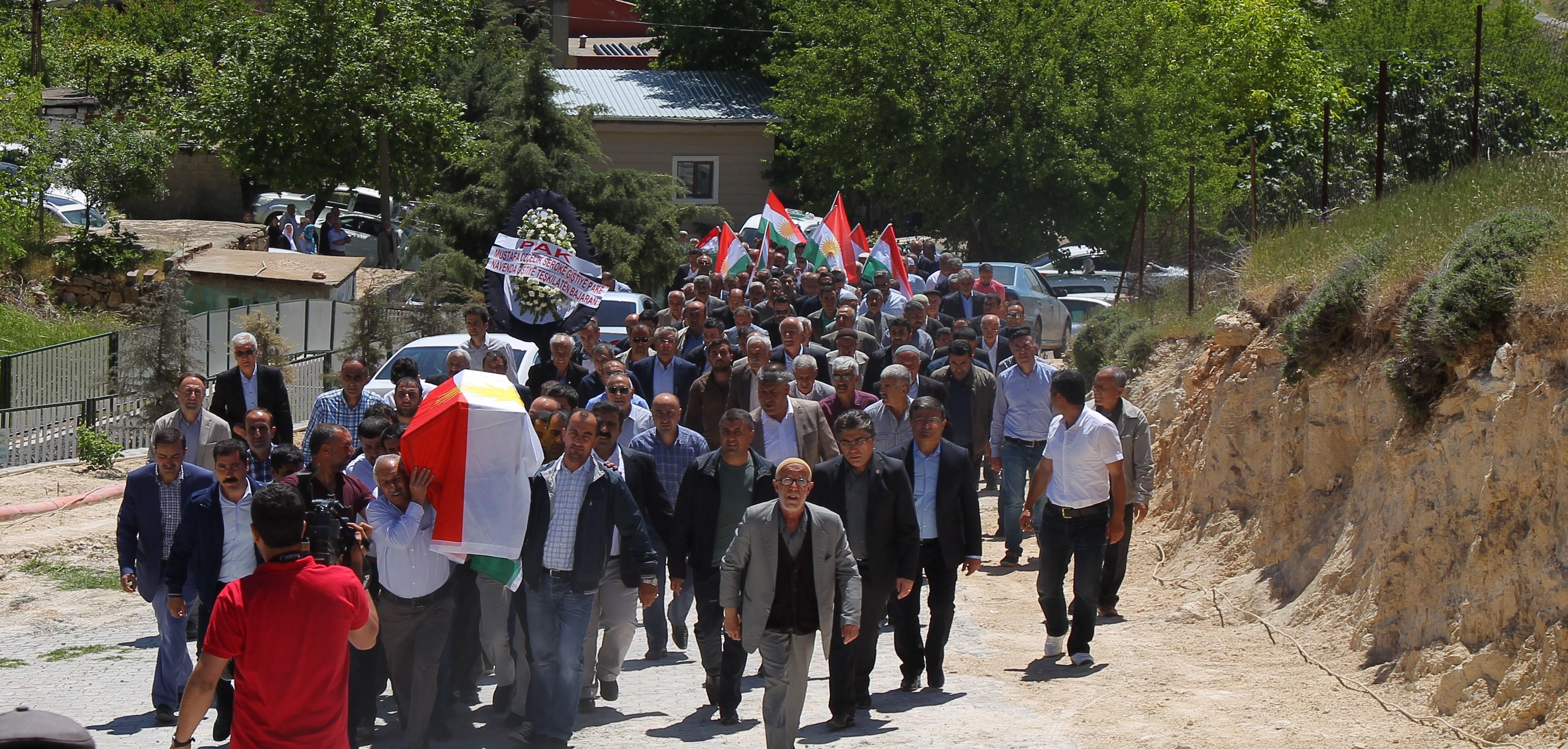 Gelê Kurdistanê di koça dawî de Şêx Mehmûd Yeşîl bi tenê nehişt