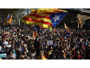 Katalonyayê serxwebûna xwe îlan kir