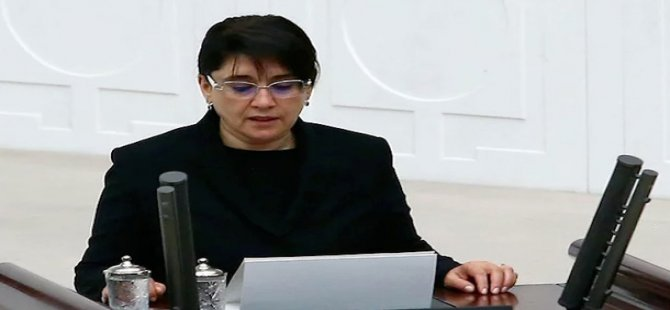Parlamentariya Leyla Zana tê daxistin