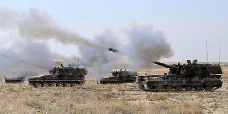Tirkiyê û komên çekdar deverên YPGê bi giranî topbaran kirin