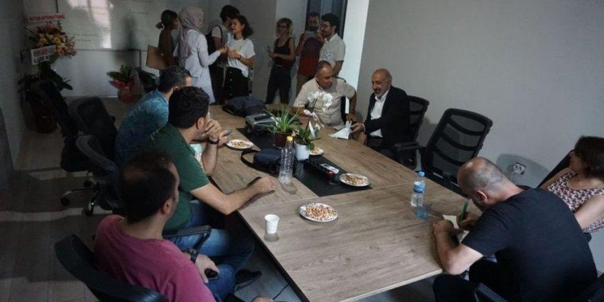 Li Amedê Ofîsa Perwerdeya Rojnamegerîya Kurdî hat vekirin