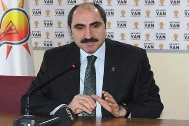 Serokê AKPyê yê Wanê jî îstîfa kir!