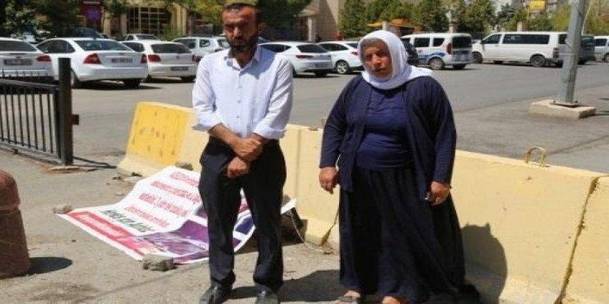 Malbata Şenyaşar: Kesên ku qetlîam kirine serbest in, kurê me girtî ye