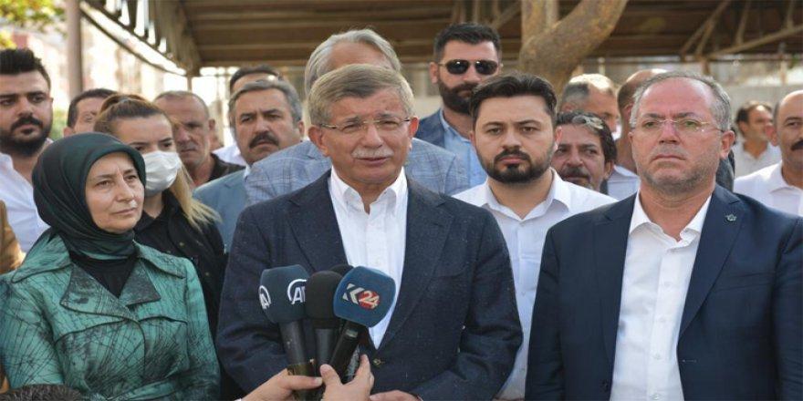 Davutoglu: Eger Sûrî ji bo kurdan biryara federasyonê bigrin divê Tirkiye rêzê li vê biryarê bigre