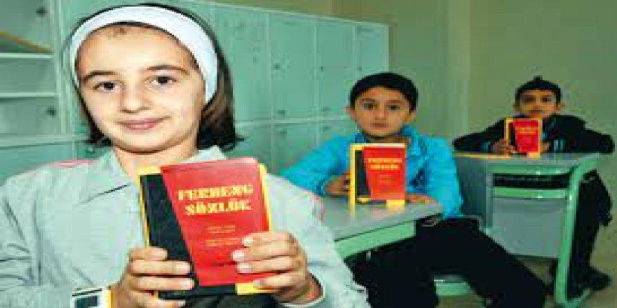 Wezareta Perwerdê ya Tirkiyê ti kontenjanek neda zimanê Kurdî