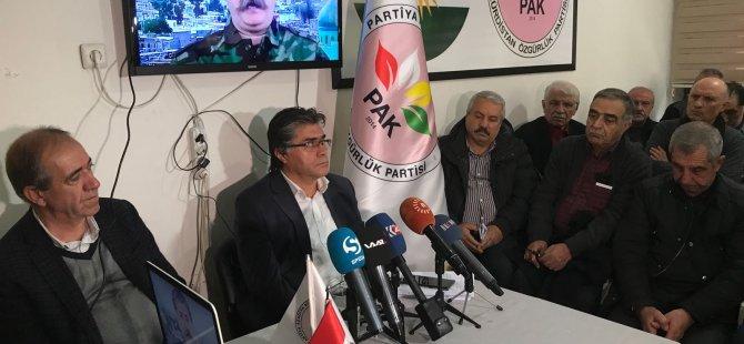 Serokê PAKê Mustafa Özçelîk li Amedê Konferansek da