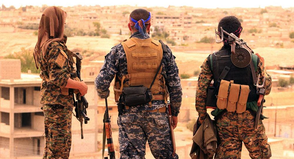 """'Amerîka kurdên Sûriyê didehifîne ku dewleteke serbixwe ava bikin û wan bi kurdên Iraqê re bikin yek""""."""