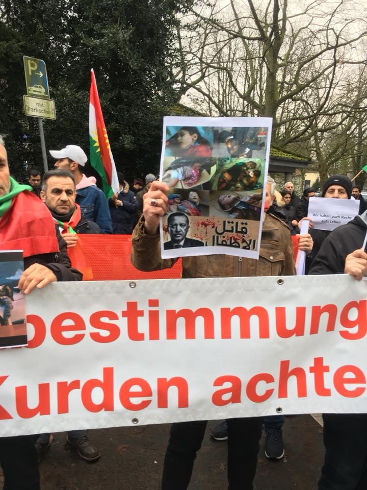 Ji Platforma Kurdên li Hamburgê bo Efrînê xwepêşandan