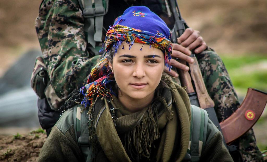 YPG: Şervanên me tu caran çekên kîmyewî bi kar neanîne