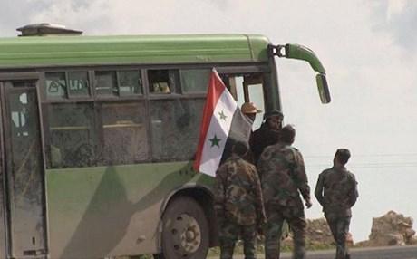 Komeke din a girêdayî Sûriyê gihişte Efrînê