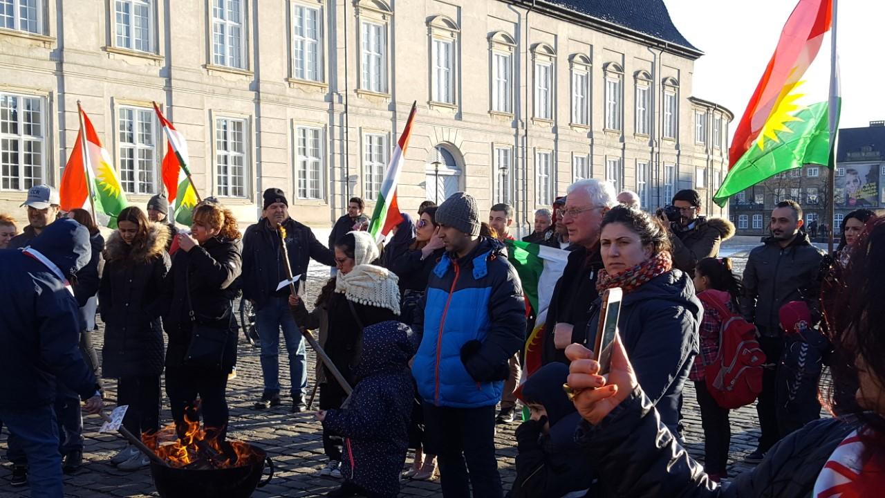 Li Danîmarkayê digel sermayê Newroz hate pîrozkirin!
