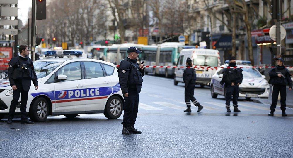 Li Fransayê êrîşa çekdarî