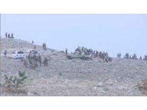 Hevpeyman û Pêşmergê li Mexmûrê operasyonan li dijî DAIŞê pêk tînin