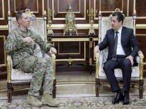 Mesrûr Barzanî û General Roberson civiyan: Rojev yekxistina hêzên Kurdî li Rojavayê Kurdistanê bû