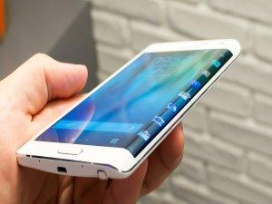 Ji Samsungê modelek nû