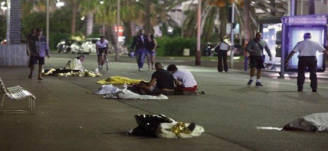 Di kiriyareka terorî de 84 kes li Fransayê hatin kuştin